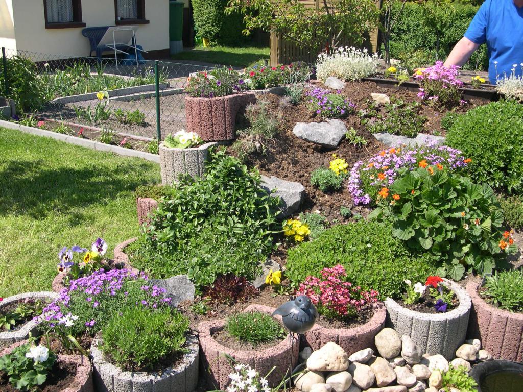 Steingarten erde garten design ideen um ihr zuhause zu for Gartenbilder gestaltung